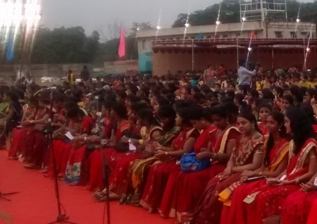 Bharatiya Ganathon 23-07-2016- the venue was full with young singers.3